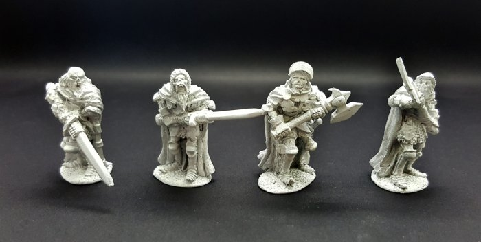 Undead Legions Hearthguard /w Great Weapons (4)